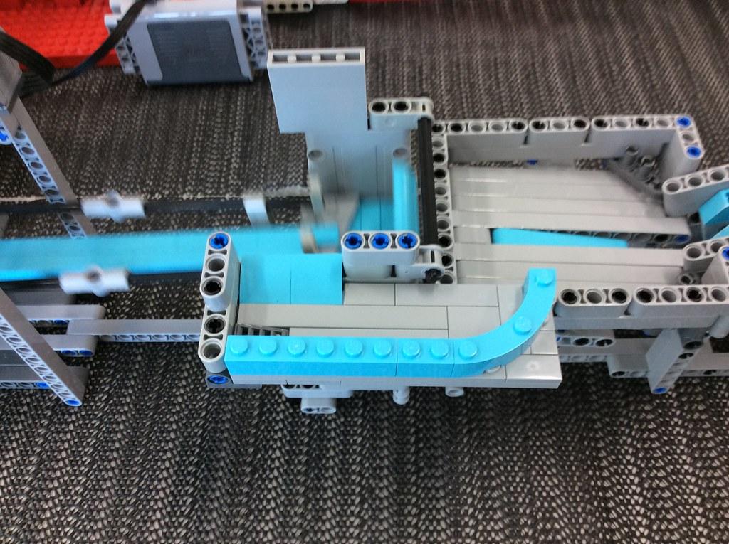 GBC output tray