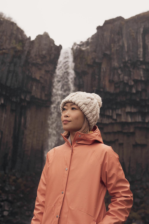 05iceland-svartifoss-skaftafell-waterfall-travel-style