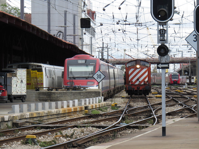 CP_EC_4000_ETR400_DL_1400_3500_Talgo_Santa_Apolonia_Portugal