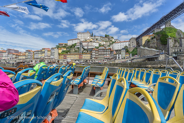 On Tour - Looking at Porto from the Boat