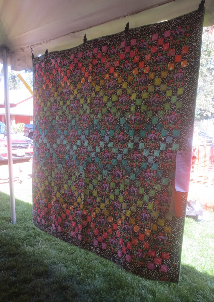 Black and bright squares quilt
