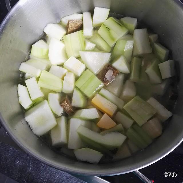 vegan courgettesoep