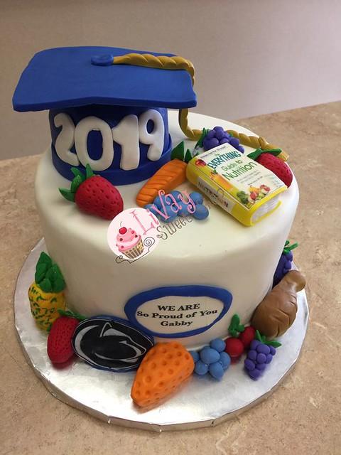 Cake by LiVay Sweet Shop