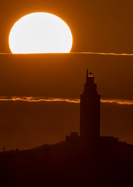 Así se vió la puesta de sol de hoy desde la costa entre Santa Cruz y Mera.