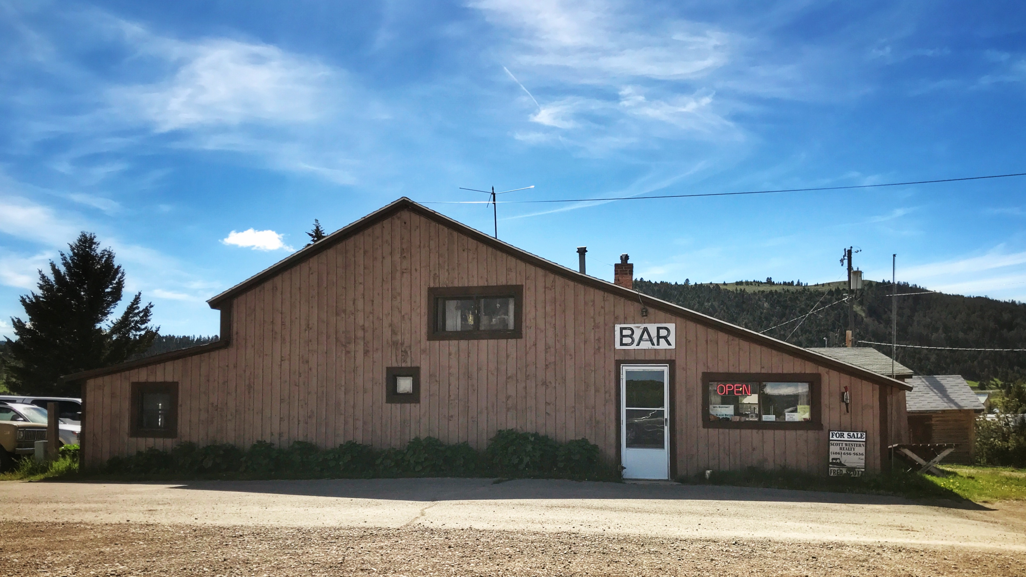 A great stop food, drinks and a place to stay on the eastern foothills of the Little Belts in Checkerboard, Montana on Highway 89 in Meagher County.