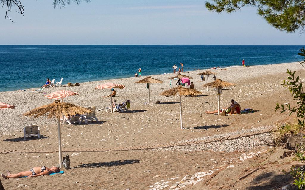 Pitsunda-Beach-пляж-Пицунда-Абхазия-0480