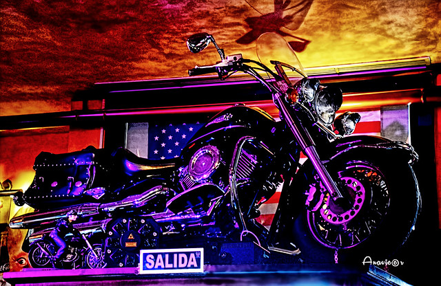 31_Motorbike up