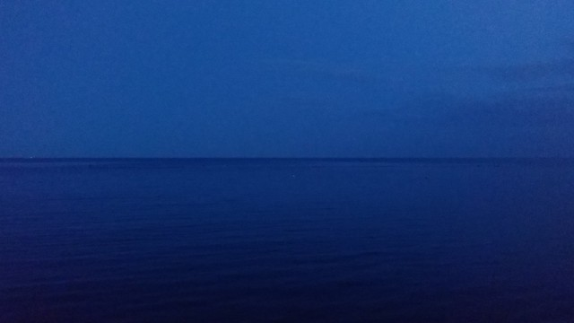 Blue over blue #toronto #humberbay #blue #evening #twilight #sky #lakeontario