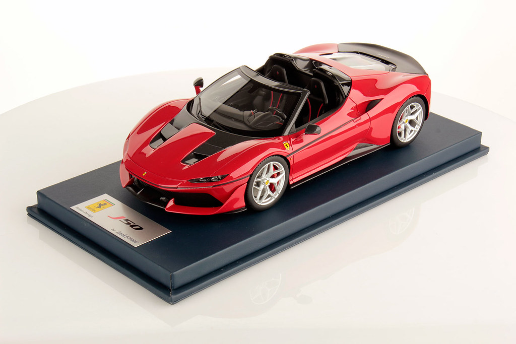 REVIEW 118 Looksmart Ferrari J50 , Miscellaneous 1/18