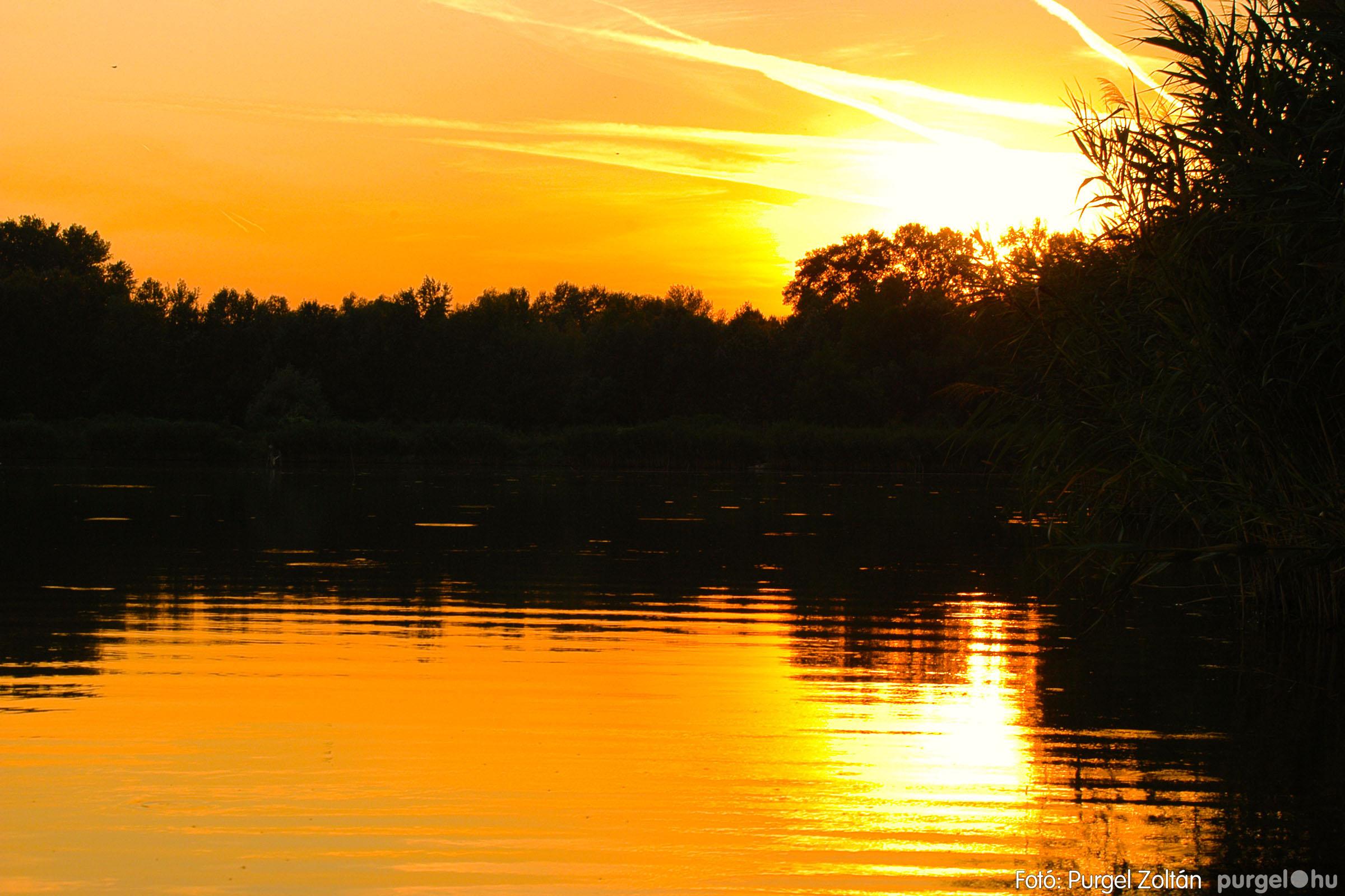 2003.08.09. 016 Augusztusi napnyugta a Lándoron - Fotó:PURGEL ZOLTÁN© DSC_0030q.jpg