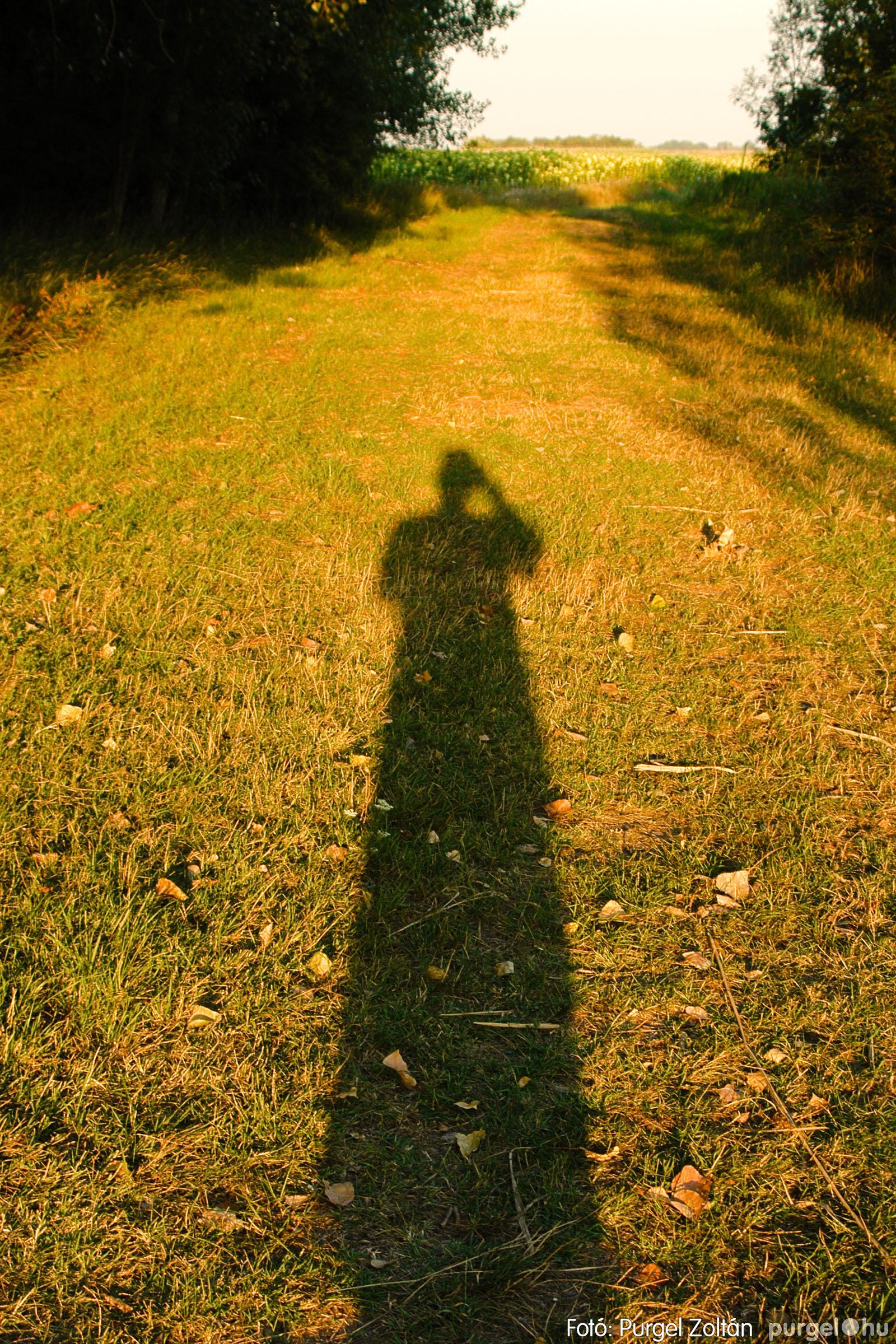 2003.08.09. 008 Augusztusi napnyugta a Lándoron - Fotó:PURGEL ZOLTÁN© DSC_0011q.jpg