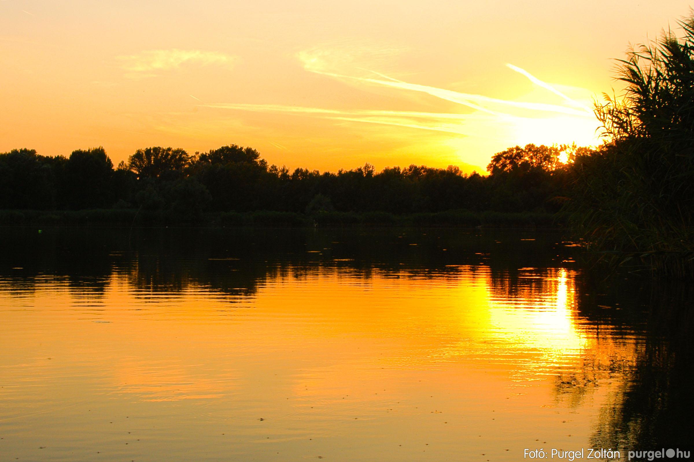 2003.08.09. 018 Augusztusi napnyugta a Lándoron - Fotó:PURGEL ZOLTÁN© DSC_0034q.jpg