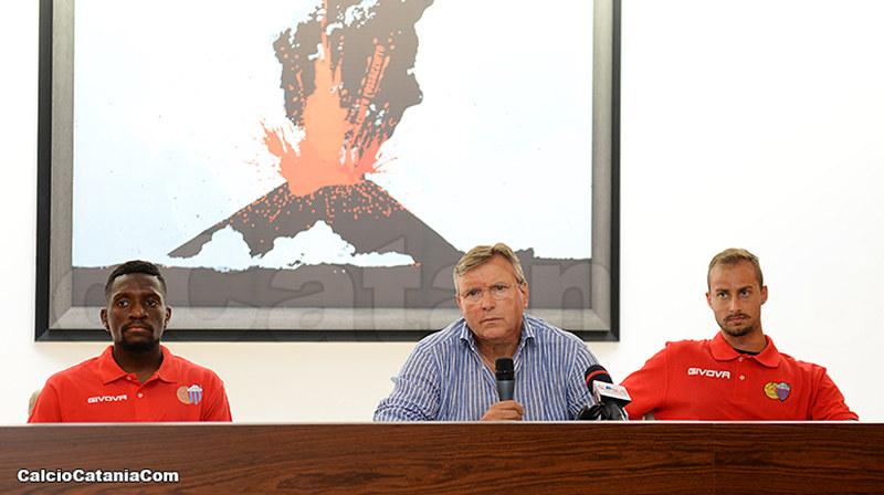Da sinistra: Welbeck, Lo Monaco e Furlan