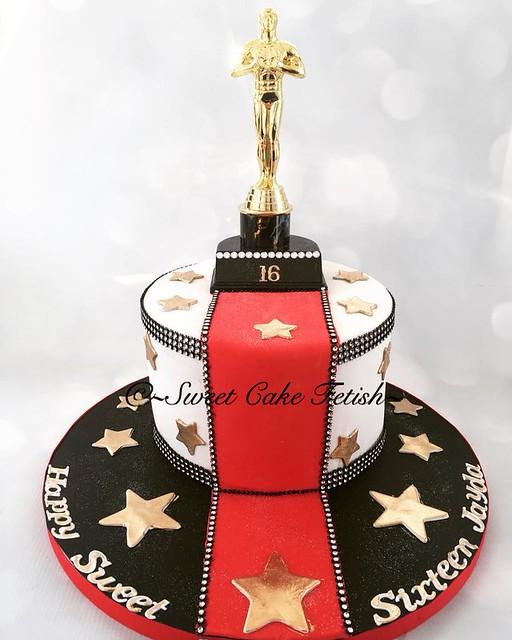 Oscar Cake by Sweet Cake Fetish