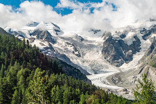 Morteratschgletscher, Bellavista (links), Piz Bernina (rechts in Wolken)