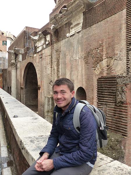 clem derrière le Panthéon