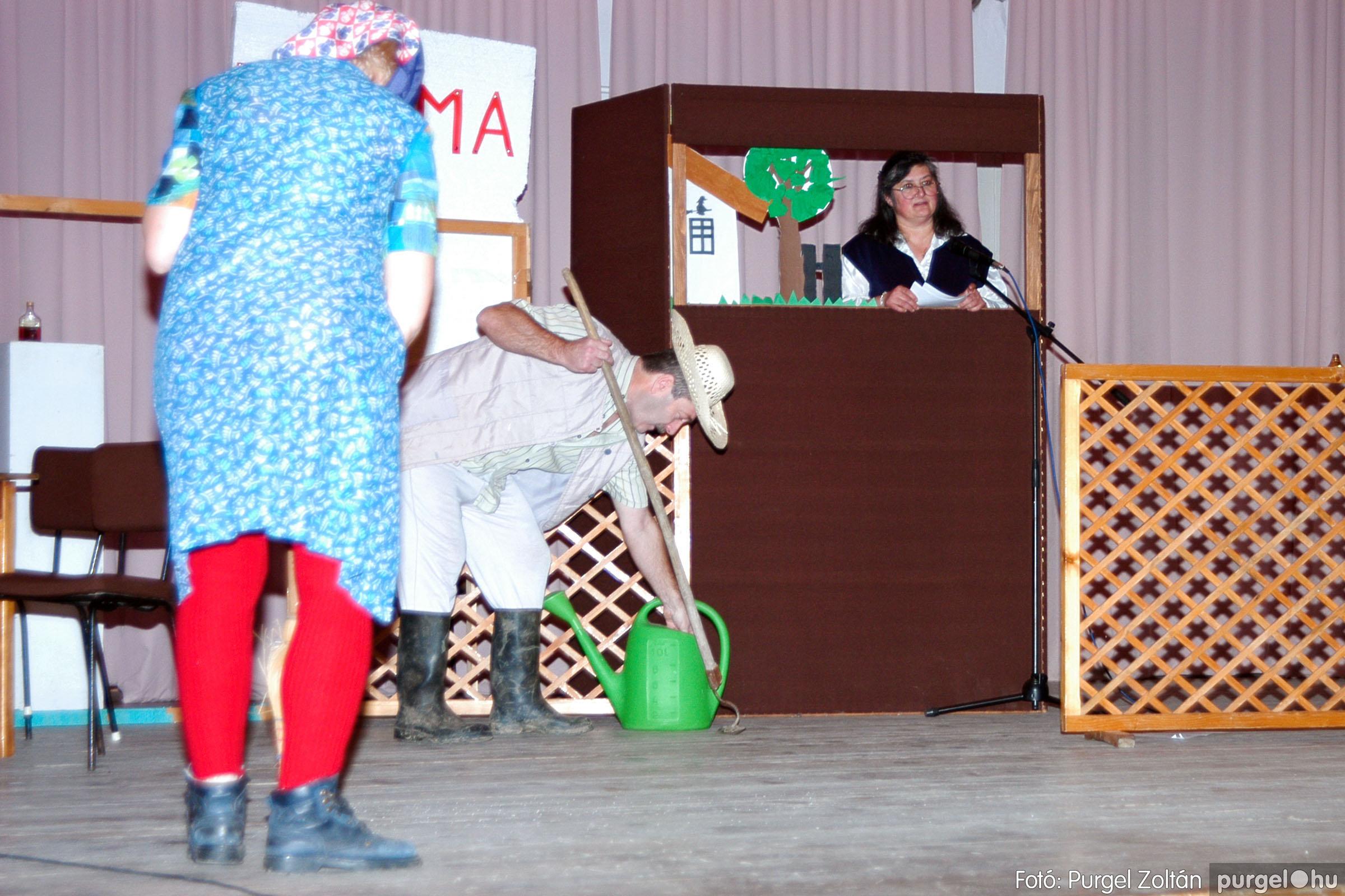 2004.01.13. 003 Szegváriak Szegvárért Közösségfejlesztők Egyesület beszámolója - Fotó:PURGEL ZOLTÁN© _0003q.jpg