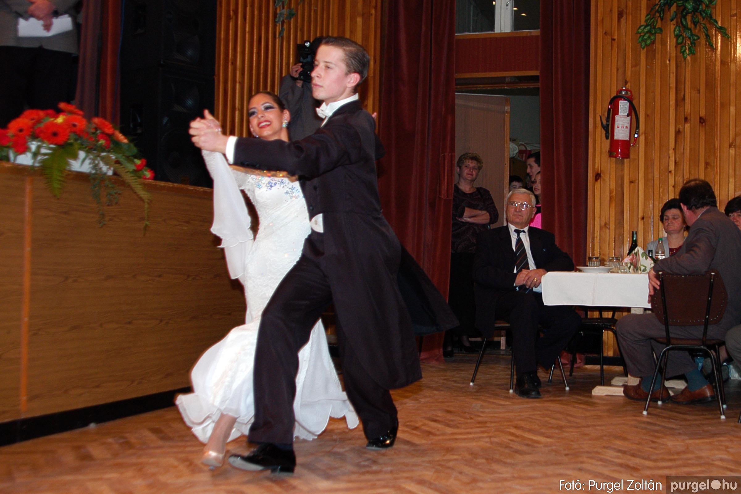 2004.01.31. 008 Vállalkozók bálja 2004. - Fotó:PURGEL ZOLTÁN© DSC_0046q.jpg
