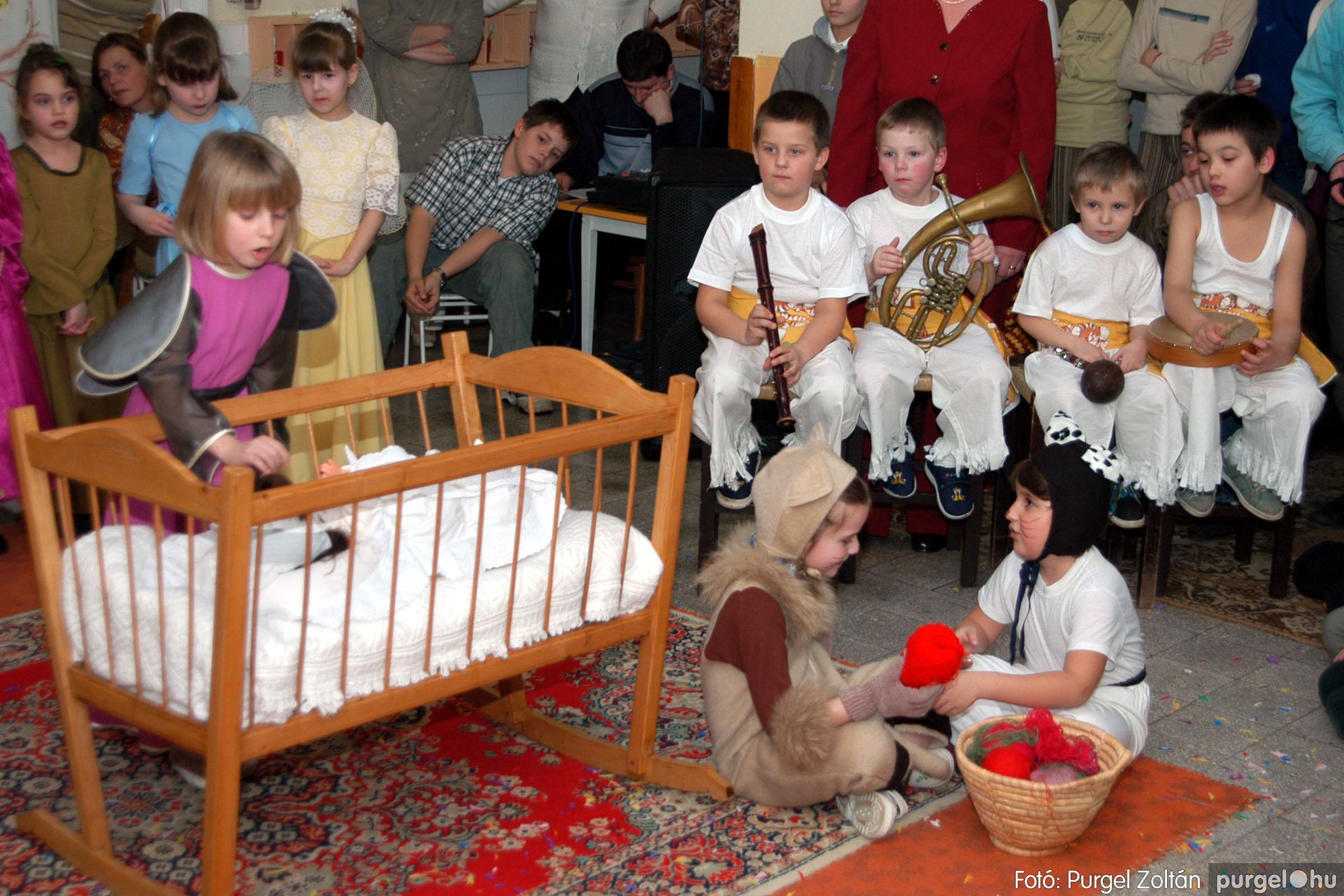 2004.02.20-21. 111 Kurca-parti Óvoda farsang 2004. - Fotó:PURGEL ZOLTÁN© ovi111.jpg
