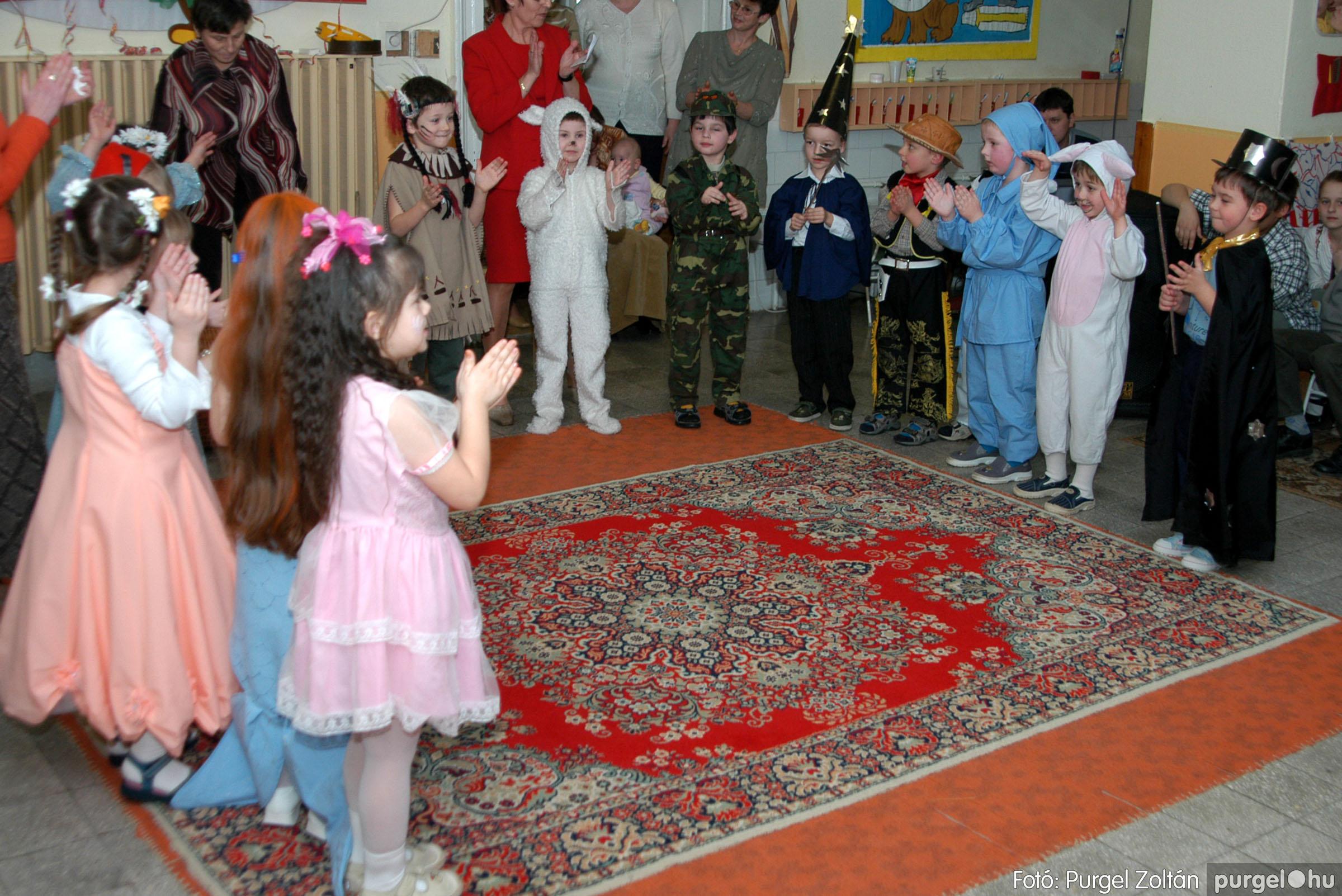 2004.02.20-21. 092 Kurca-parti Óvoda farsang 2004. - Fotó:PURGEL ZOLTÁN© ovi092.jpg