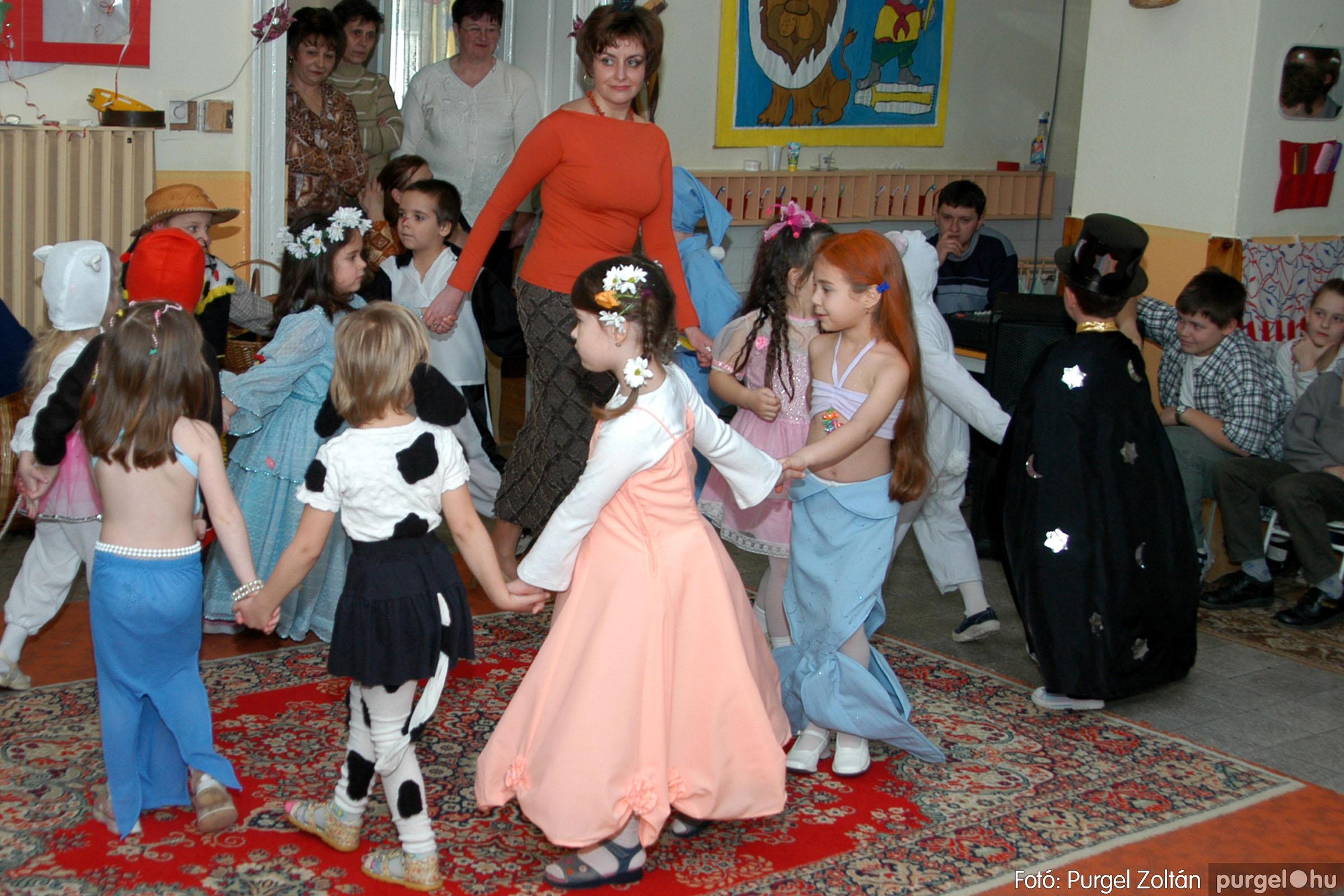 2004.02.20-21. 090 Kurca-parti Óvoda farsang 2004. - Fotó:PURGEL ZOLTÁN© ovi090.jpg