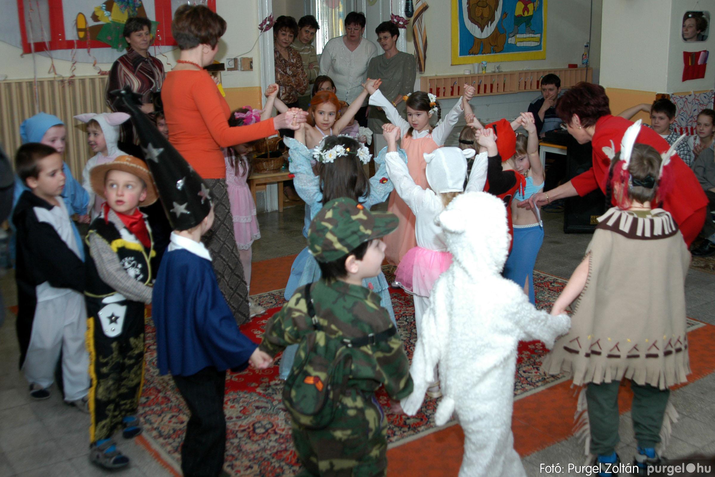 2004.02.20-21. 088 Kurca-parti Óvoda farsang 2004. - Fotó:PURGEL ZOLTÁN© ovi088.jpg