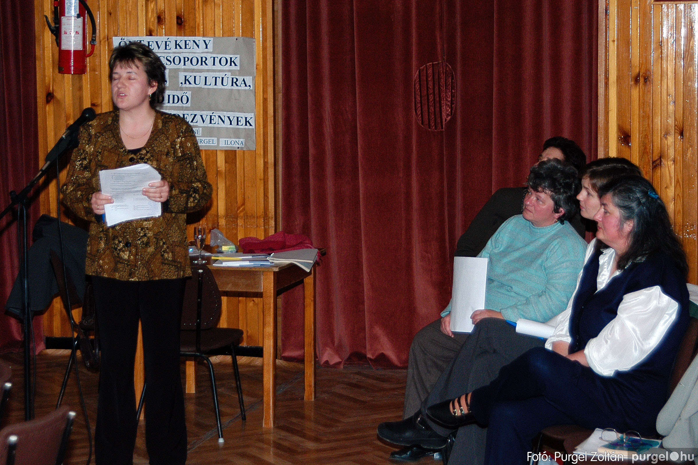 2004.01.13. 019 Szegváriak Szegvárért Közösségfejlesztők Egyesület beszámolója - Fotó:PURGEL ZOLTÁN© _0019q.jpg