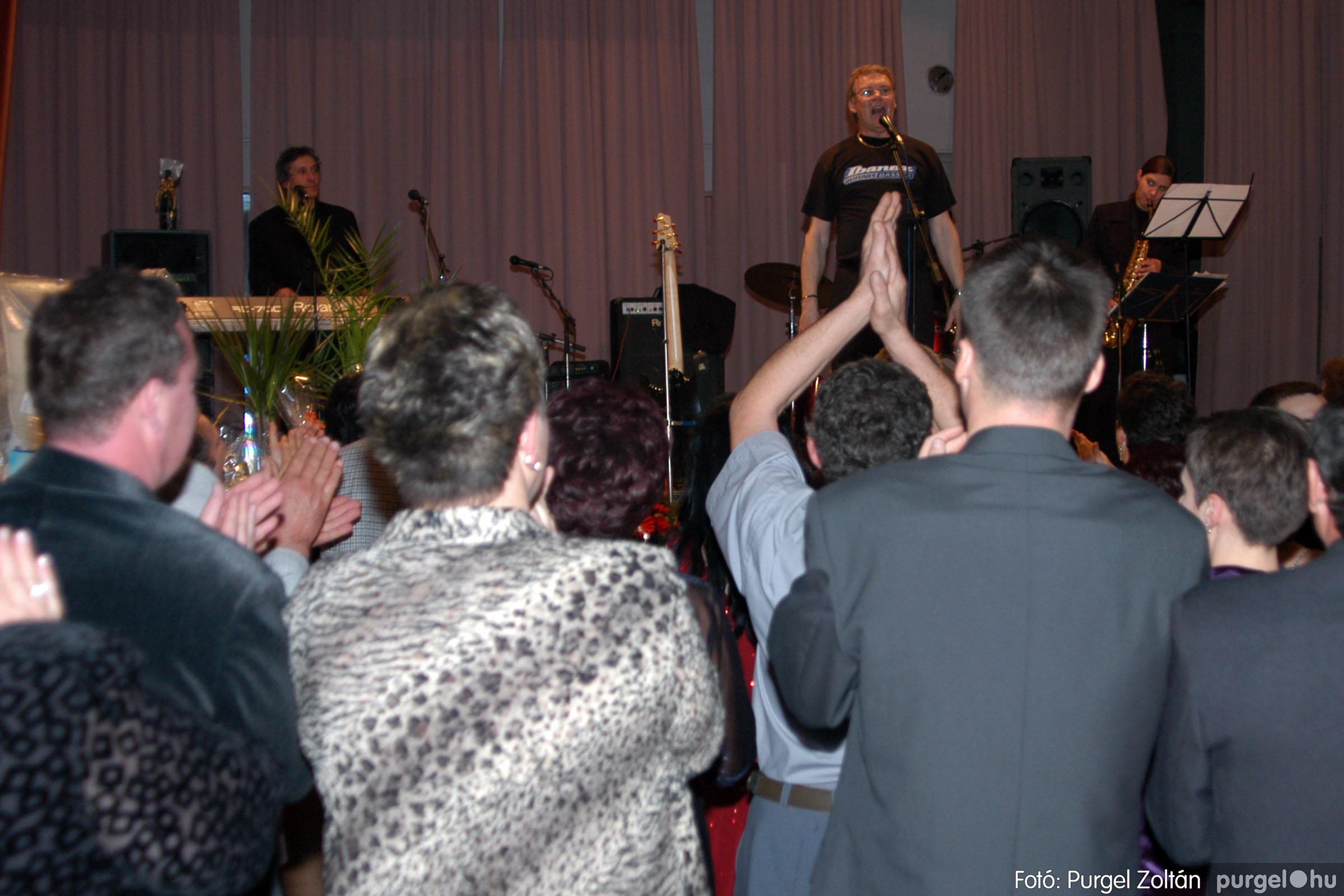 2004.01.31. 012 Vállalkozók bálja 2004. - Fotó:PURGEL ZOLTÁN© DSC_0069q.jpg
