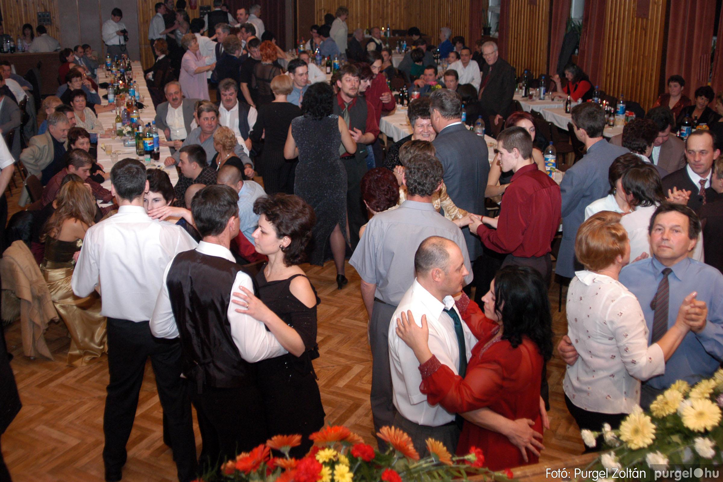 2004.01.31. 013 Vállalkozók bálja 2004. - Fotó:PURGEL ZOLTÁN© DSC_0077q.jpg