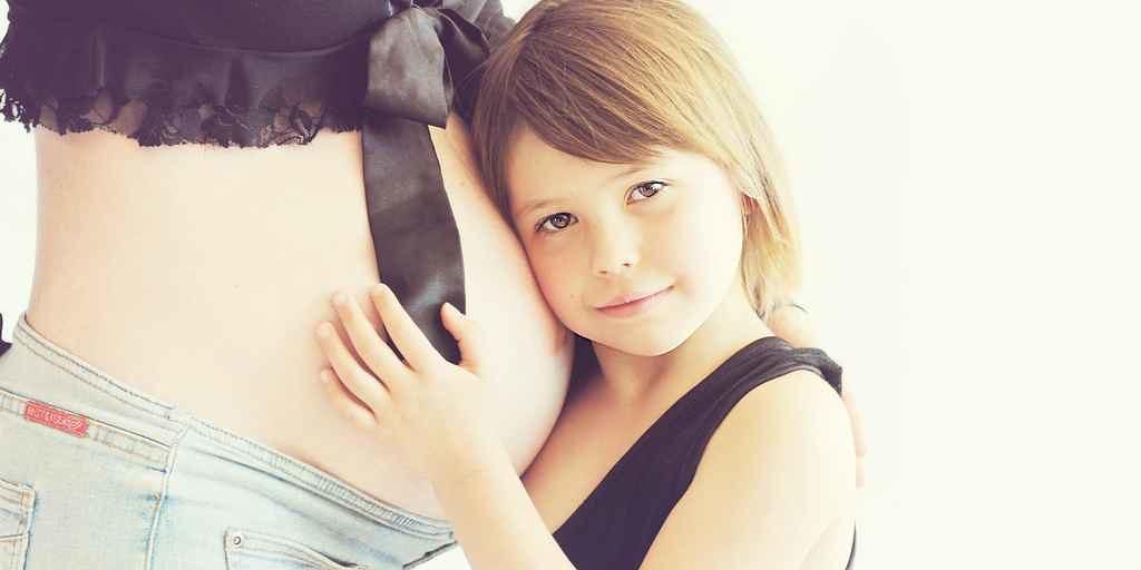 les-fœtus-attrapent-bactéries-vitales-de-la-mère-à-la-naissance