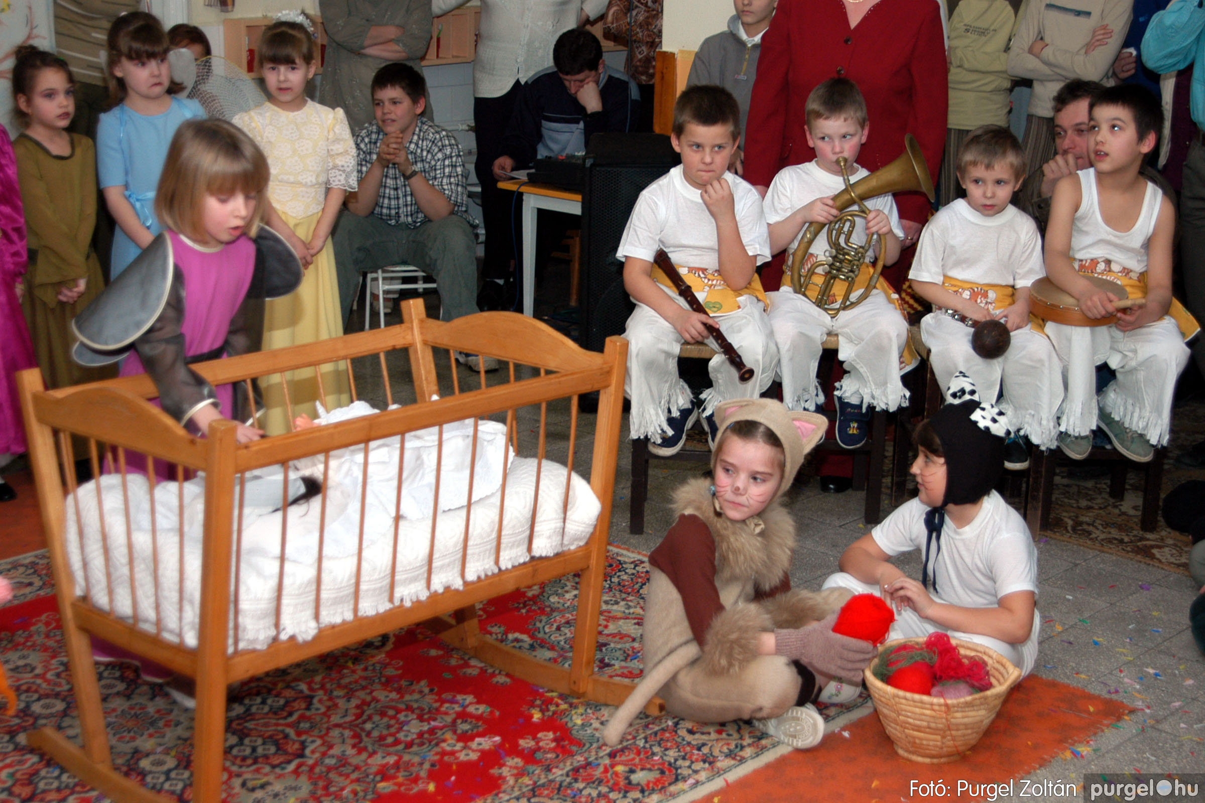 2004.02.20-21. 112 Kurca-parti Óvoda farsang 2004. - Fotó:PURGEL ZOLTÁN© ovi112.jpg