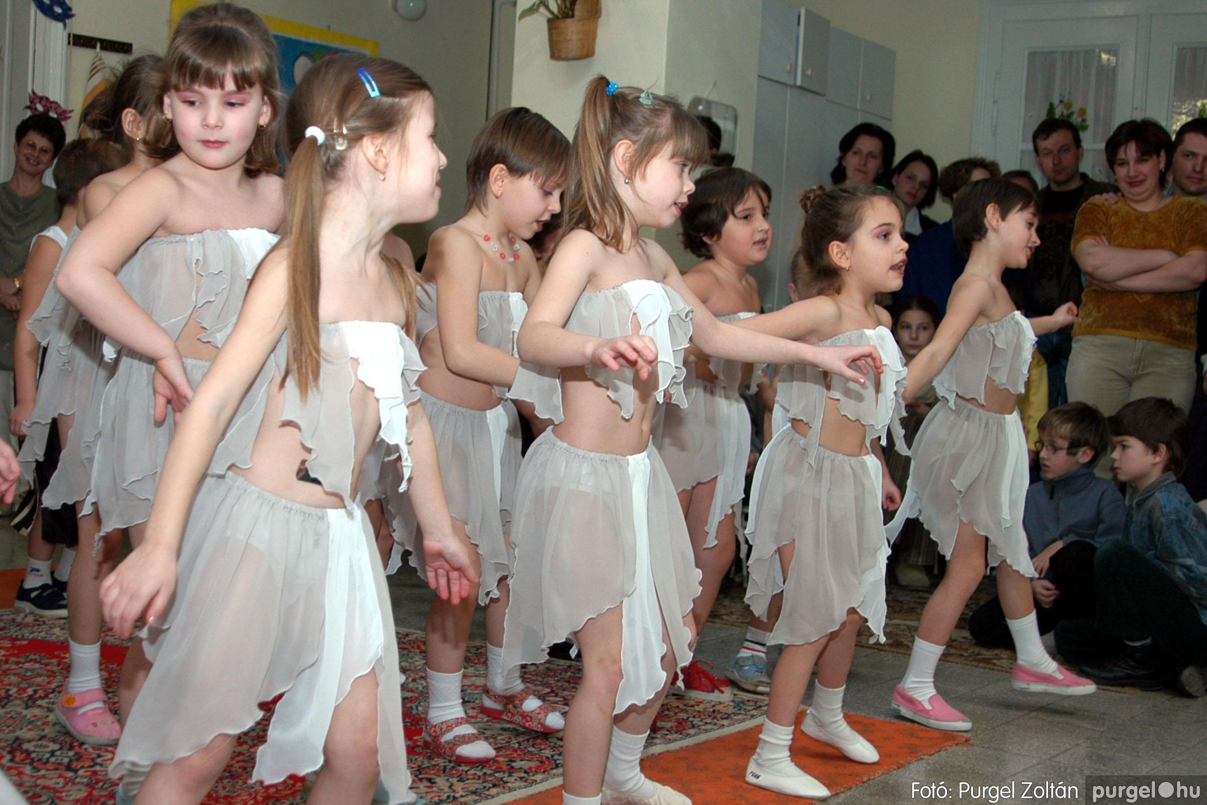 2004.02.20-21. 083 Kurca-parti Óvoda farsang 2004. - Fotó:PURGEL ZOLTÁN© ovi083.jpg