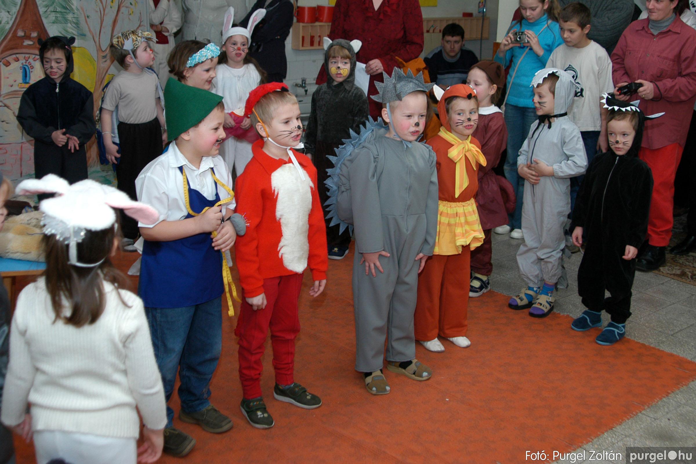 2004.02.20-21. 049 Kurca-parti Óvoda farsang 2004. - Fotó:PURGEL ZOLTÁN© ovi049.jpg