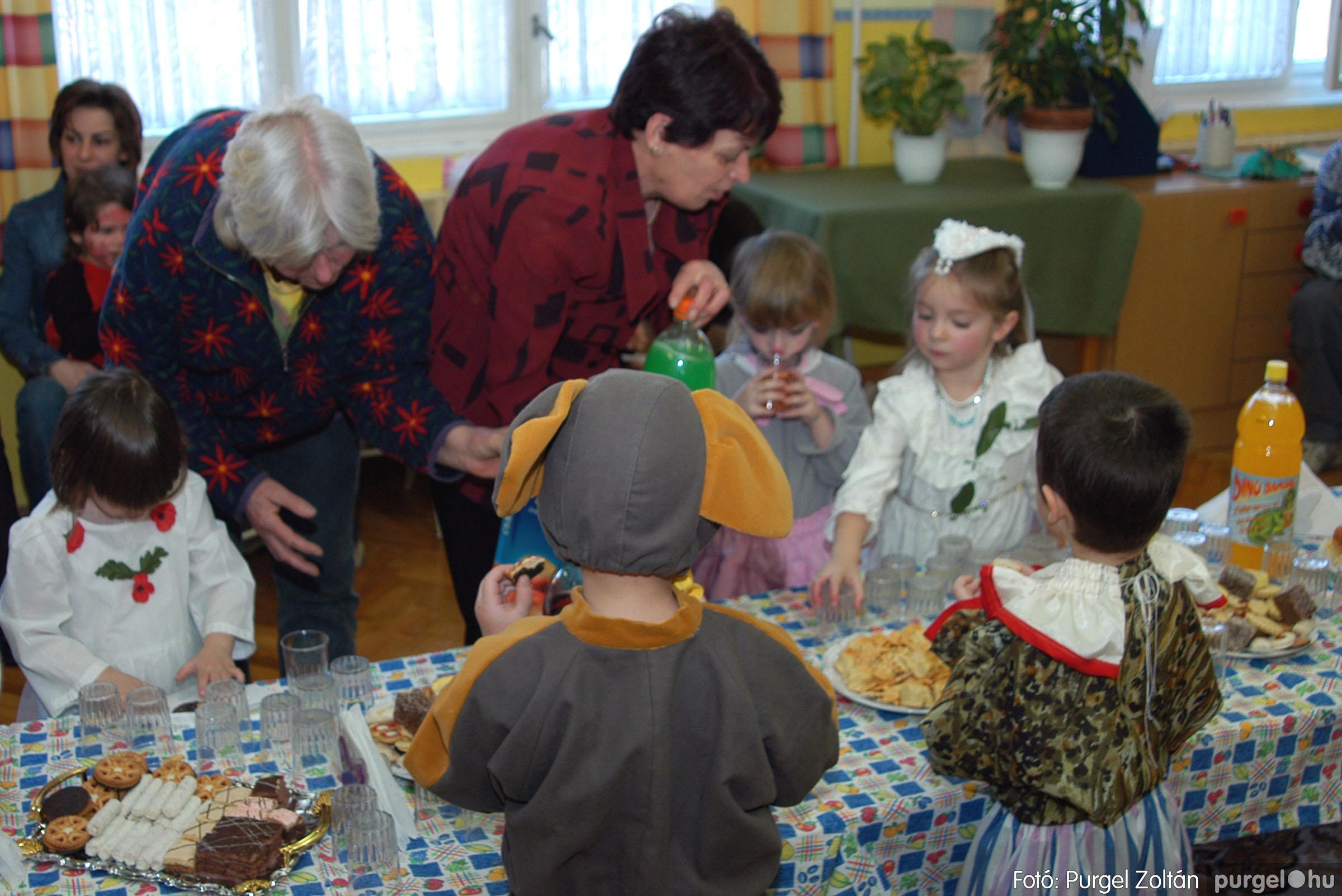 2004.02.20-21. 019 Kurca-parti Óvoda farsang 2004. - Fotó:PURGEL ZOLTÁN© ovi019.jpg