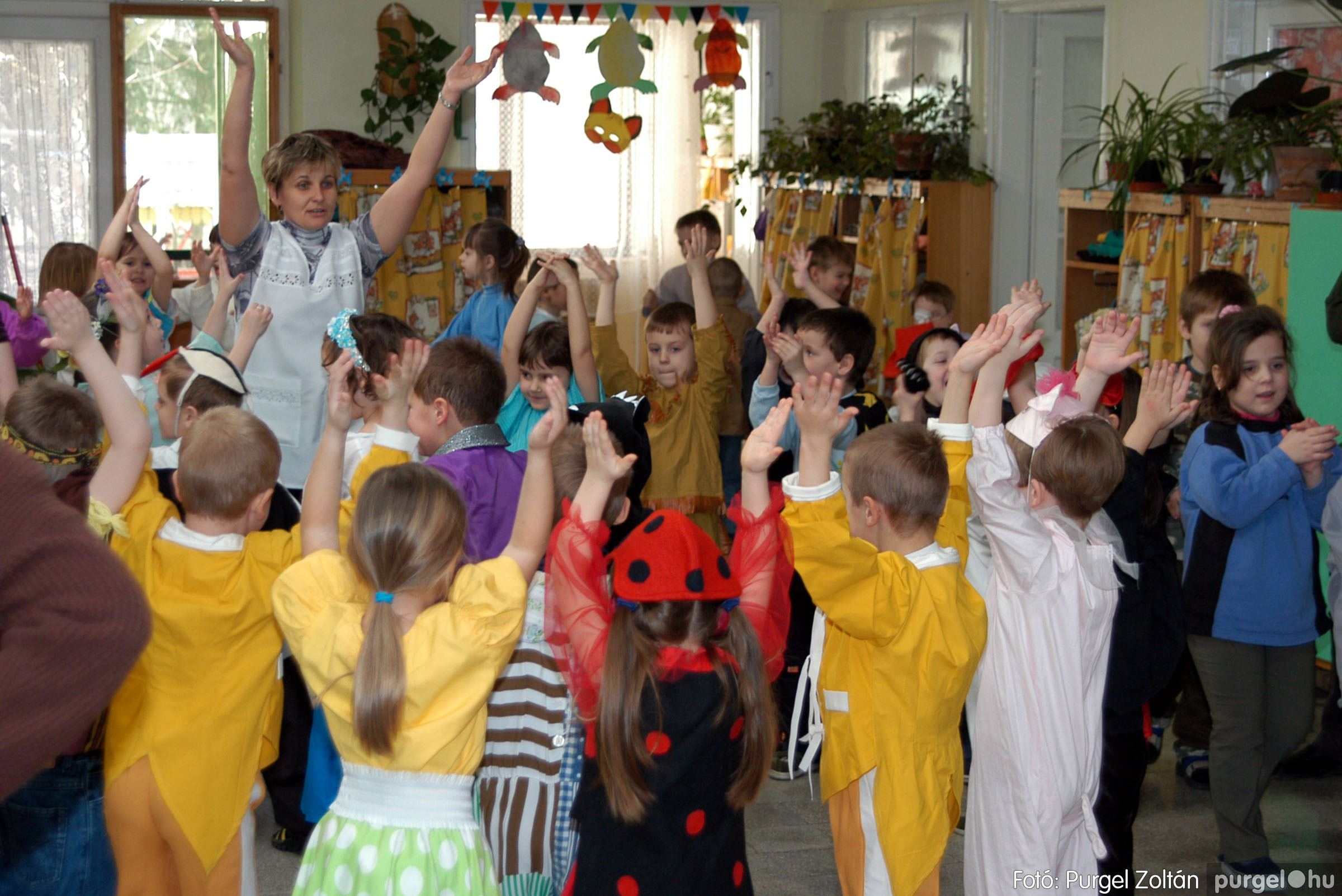 2004.02.20-21. 018 Kurca-parti Óvoda farsang 2004. - Fotó:PURGEL ZOLTÁN© ovi018.jpg