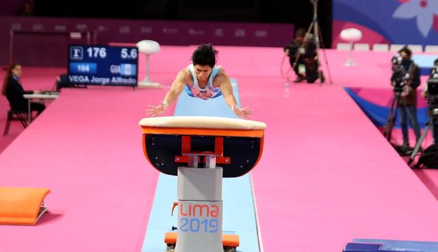 Jorge Vega, plata en salto Lima 2019