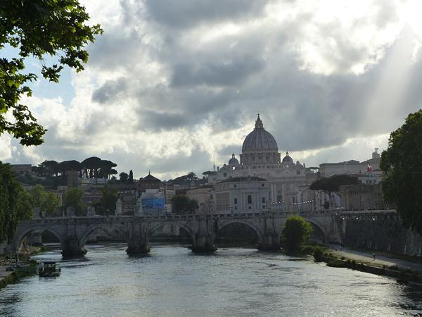 ciel magique sur le Vatican