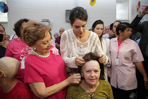 Primeira dama participa de evento da Rede Feminina de Combate ao Câncer