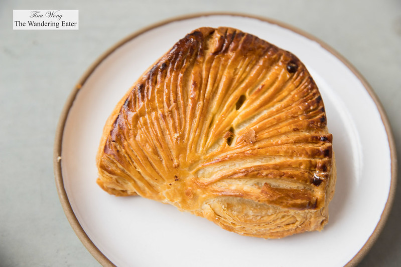 French style apple turnover
