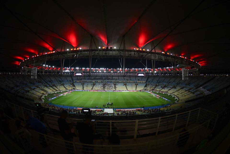 Flamengo 2 (4) x (2) 0 Emelec