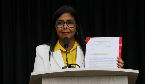 Delcy Rodríguez: EEUU se ha convertido en uno de los países más peligrosos para la inversión extranjera