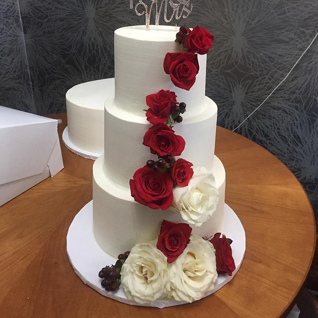 Cake by Cocoa Bakery