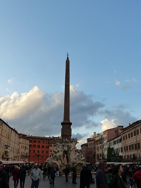 piazza navone au coucher du soleil