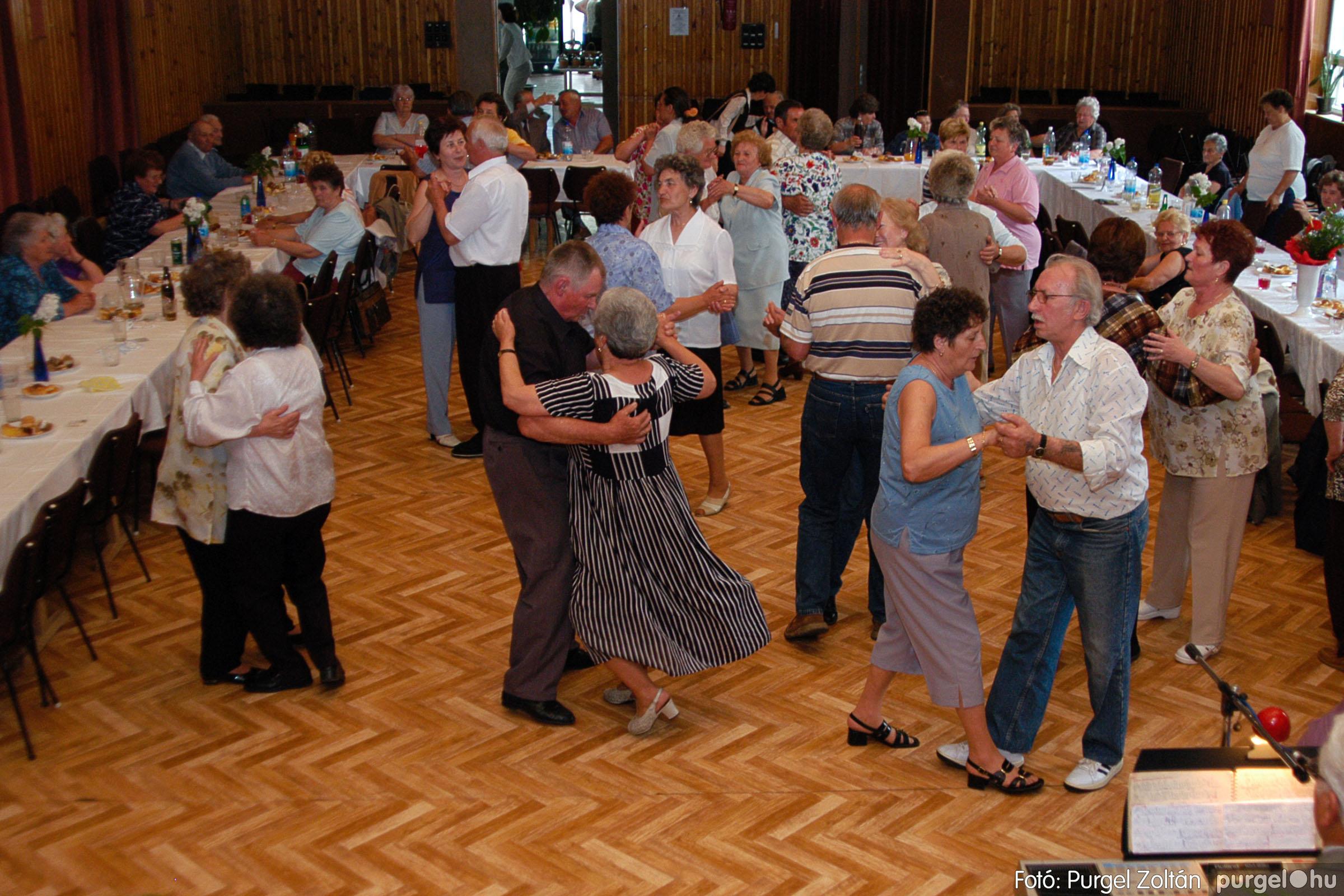 2004.05.04. 073 Szép Öregkor Nyugdíjas Klub találkozó - Fotó:PURGEL ZOLTÁN© DSC_0095q.jpg