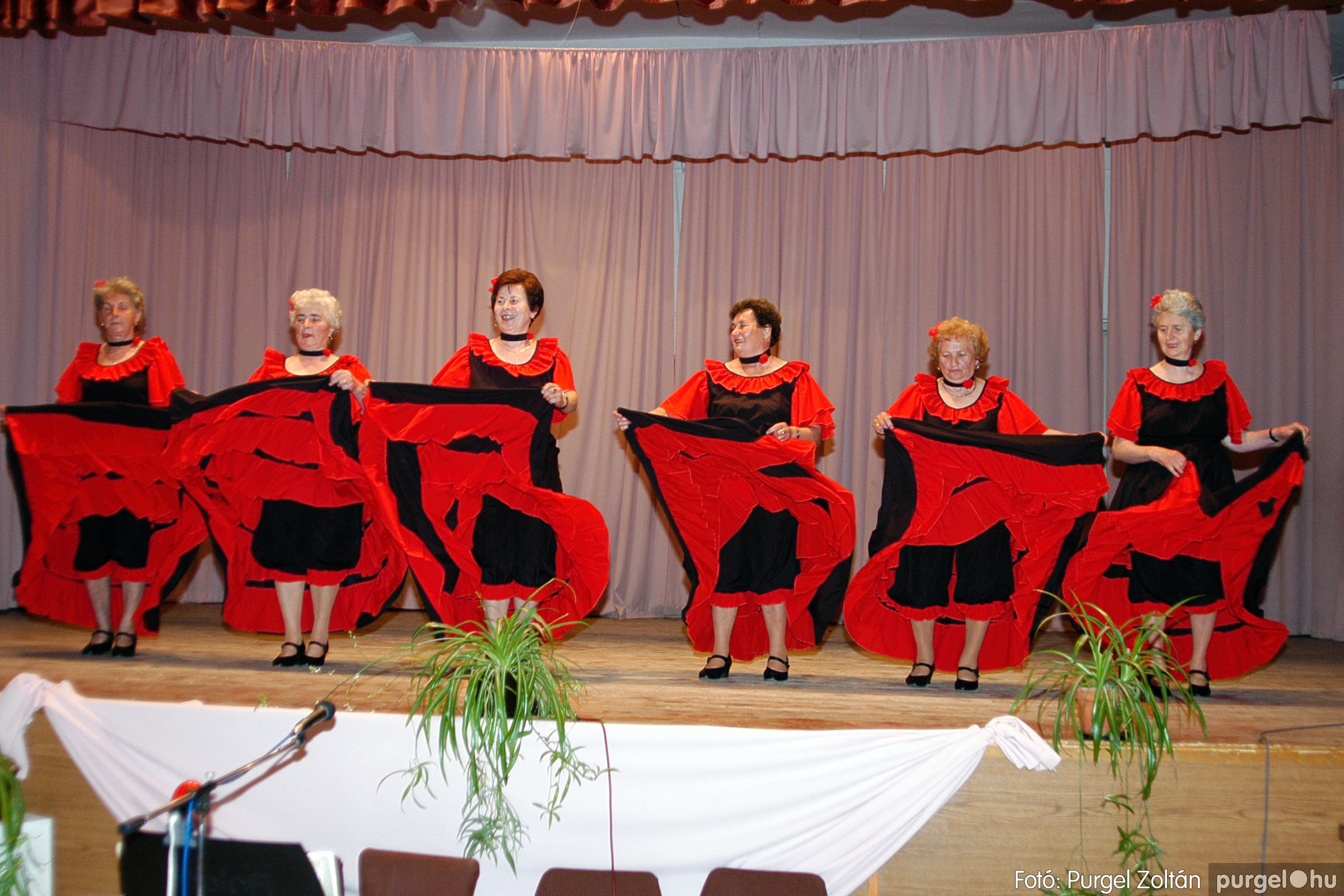 2004.05.04. 065 Szép Öregkor Nyugdíjas Klub találkozó - Fotó:PURGEL ZOLTÁN© DSC_0086q.jpg