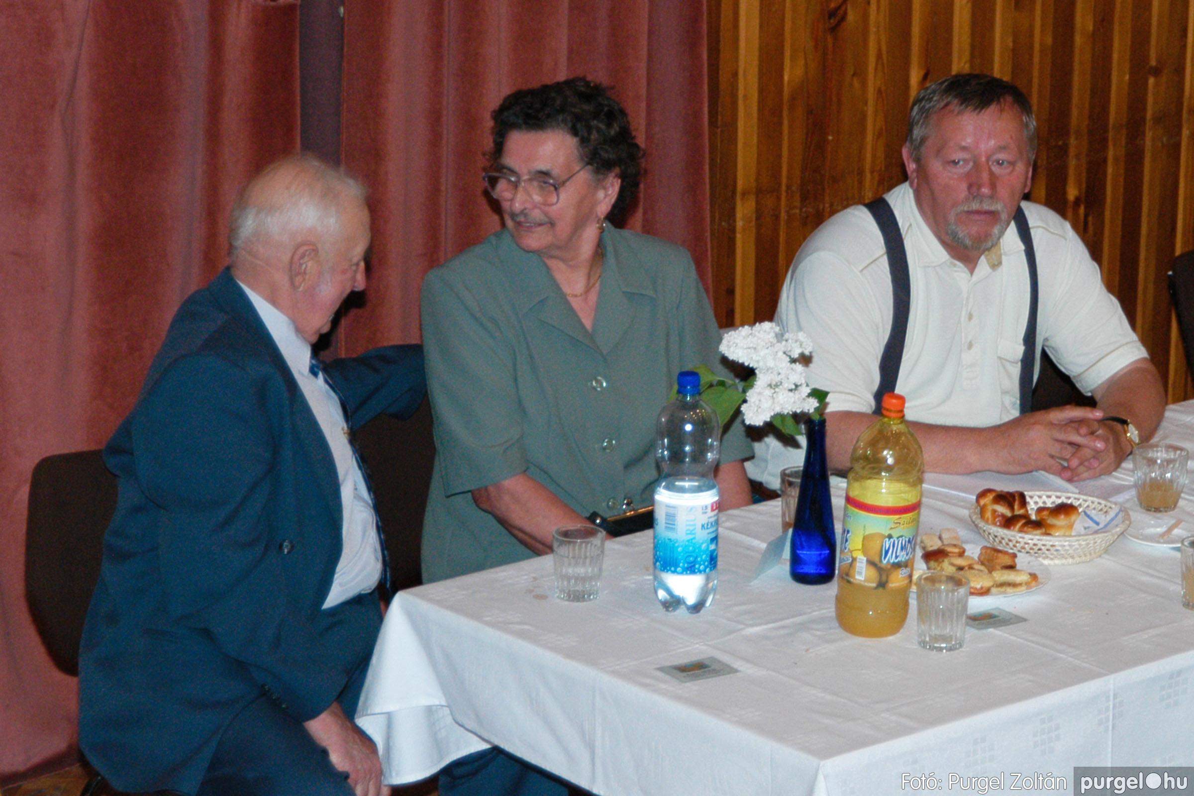 2004.05.04. 072 Szép Öregkor Nyugdíjas Klub találkozó - Fotó:PURGEL ZOLTÁN© DSC_0094q.jpg