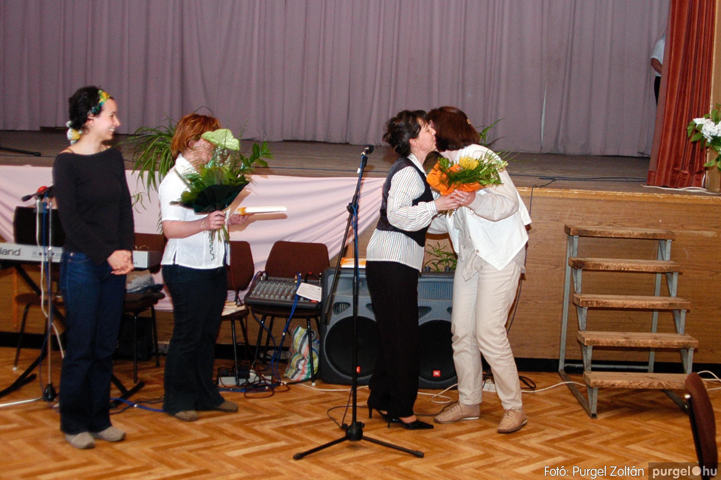 2004.05.04. 058 Szép Öregkor Nyugdíjas Klub találkozó - Fotó:PURGEL ZOLTÁN© DSC_0074q.jpg