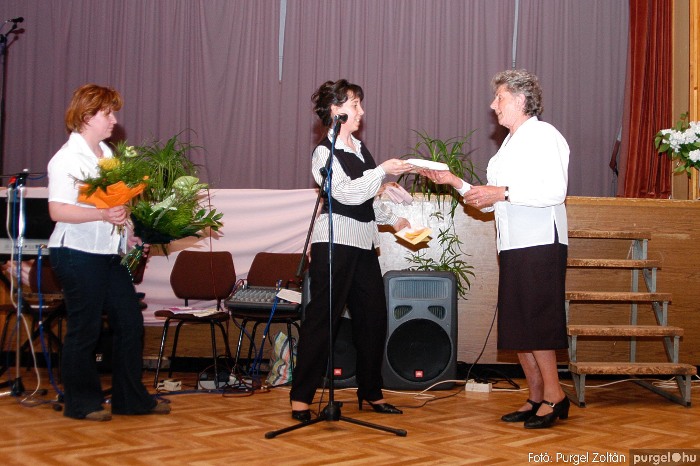2004.05.04. 056 Szép Öregkor Nyugdíjas Klub találkozó - Fotó:PURGEL ZOLTÁN© DSC_0072q.jpg