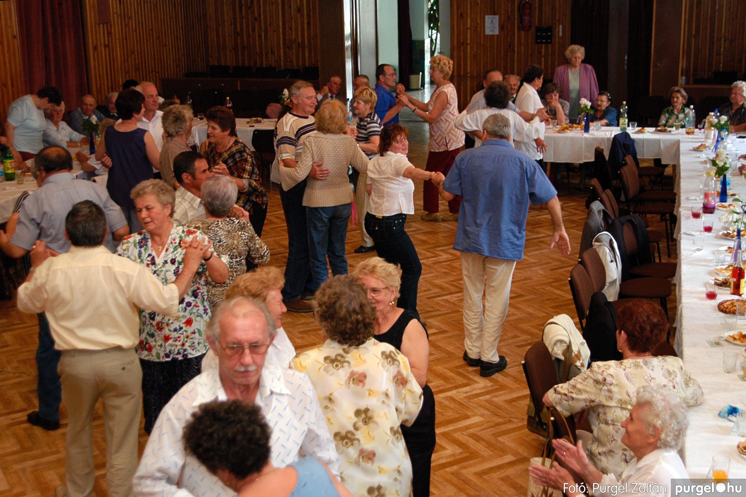 2004.05.04. 046 Szép Öregkor Nyugdíjas Klub találkozó - Fotó:PURGEL ZOLTÁN© DSC_0059q.jpg