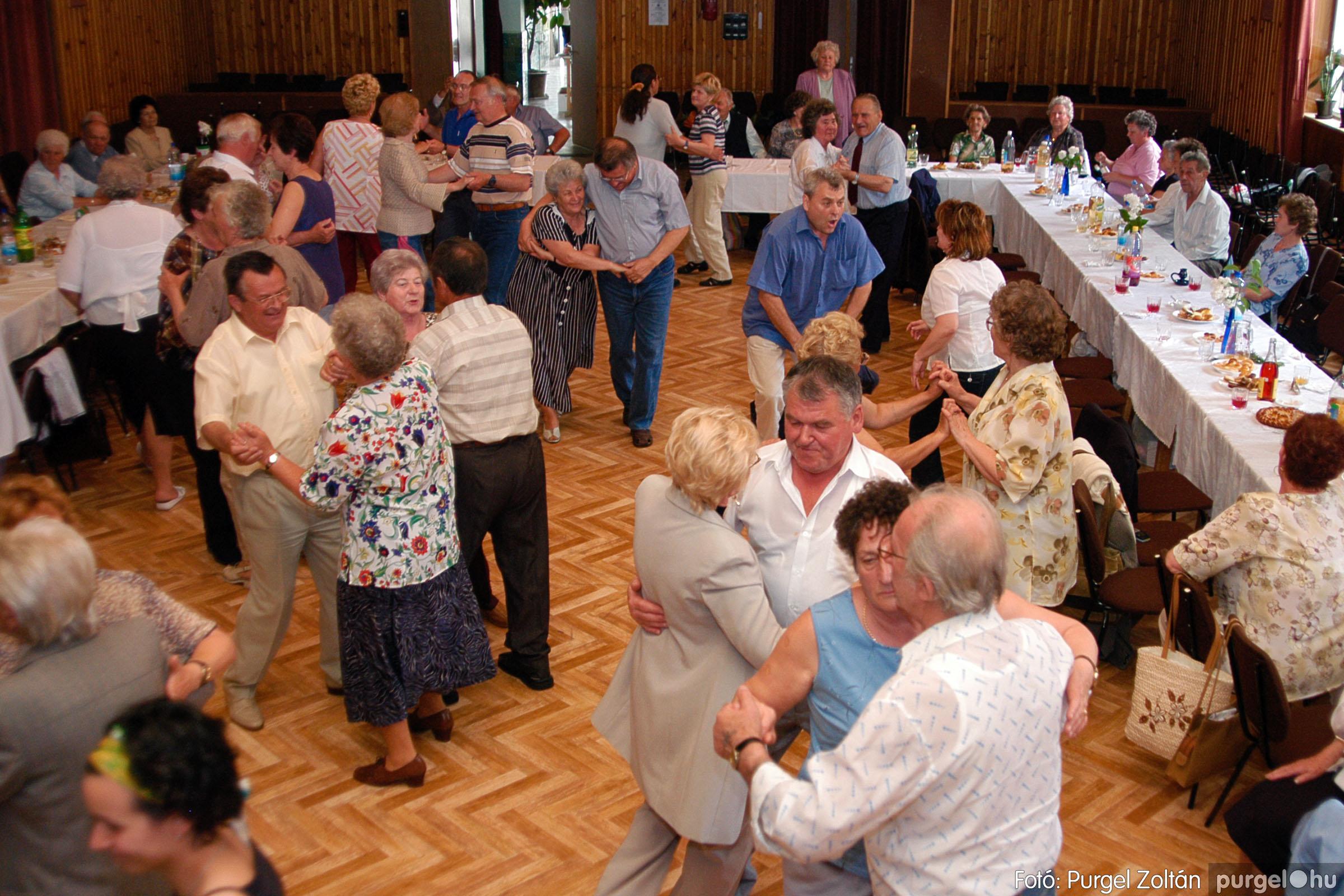 2004.05.04. 045 Szép Öregkor Nyugdíjas Klub találkozó - Fotó:PURGEL ZOLTÁN© DSC_0058q.jpg